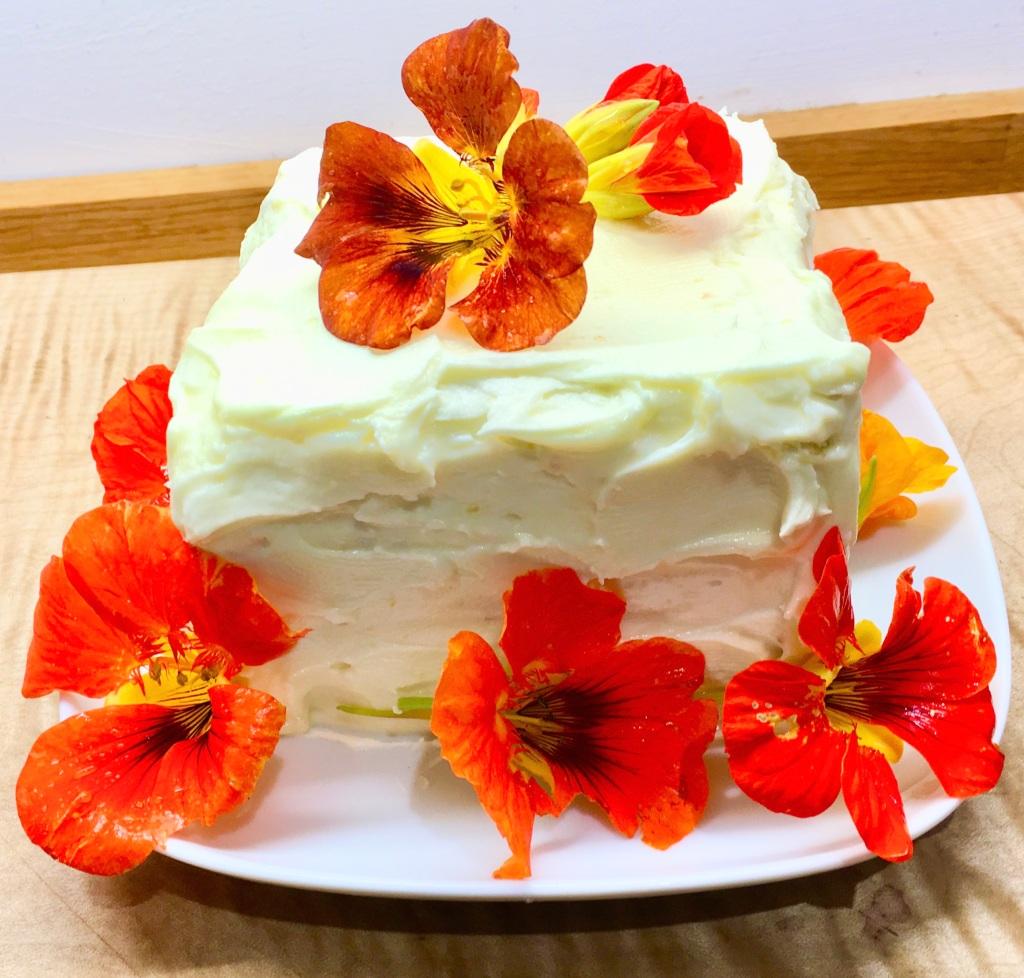 Vegan flower cake